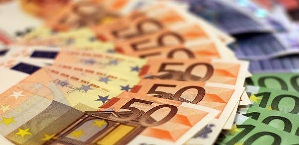 CONTRIBUTI PUBBLICI 2020 : obbligo di dichiarazione oltre  i 10mila €  entro giugno.